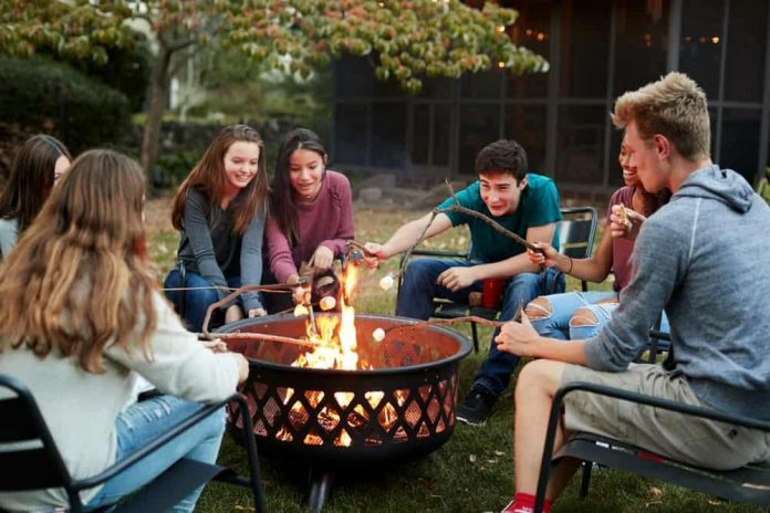 What to Know Before Buying a Fire Pit Online